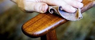 Как ухаживать за деревянными столами